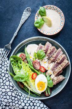 {LCHF-Rezept} Blackened Tuna Salat mit Habanero-Limetten-Dressing  GourmetGuerilla.de #lowcarb