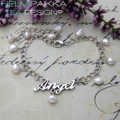 Would you like to get this beautiful handmade piece? Join our Facebook to see more! #helmipaikka #anklets #whitepearls