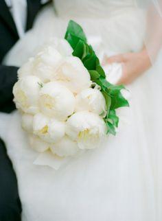 Bouquets com peónias de todas as cores | O Nosso Casamento