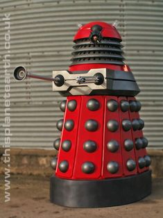 Full size Paradigm Dalek from This Planet Earth Doctor Who Logo, 1960s Movies, Dalek, Classic Tv, New Series, In A Heartbeat, Robots, Future House, Robot