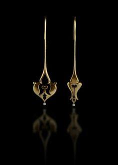 Completing Opposites earrings by Mona Saheli - 18k Gold, Diamond
