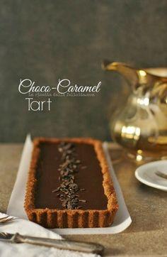 A receita para a felicidade: No Bake Choco-Caramel Tart ou a torta de chocolate e caramelo, sem forno!