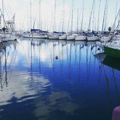 La Cala a #Palermo.  #palermo #sea #sky #boats #sicilia #sicilywinter #summer #sunny #sunnyday #mare #ilovesicily #instasicily #journey #landscape #paesaggio #clouds #sailboat #sailing #port #porto #blue #bluesky #beautiful #beautifulday #winter #italy by danielatomasino