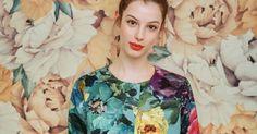 Couture: coudre un manteau pour la mi-saison, dans du tissu d'ameublement entièrement fleuri