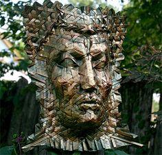 折り紙アーティストJoel Cooperさんの作品。何枚もの紙を組み合わせているように見えるが、実際にはたった1枚の紙を折って作られている。