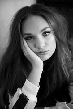 Maddie Ziegler †