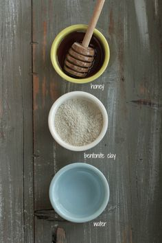 3 homemade mask recipes to moisturize the skin, fight acne, and tighten pores! | Trying this with my mom. Needs less honey and more water, but nice overall.