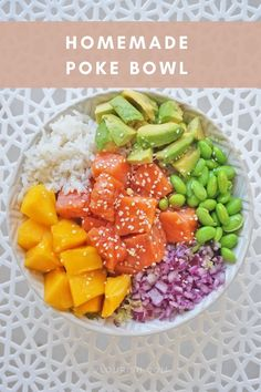 Making homemade poke bowl is very simple and perfect for a dinner party with friends! Learn how to make homemade poke bowl in 30 minutes or less! Easy Healthy Dinners, Easy Healthy Recipes, Healthy Snacks, Healthy Eating, Heart Healthy Breakfast, Healthy Breakfast Meal Prep, Raw Vegan Recipes, Vegetarian Recipes, Cooking Recipes