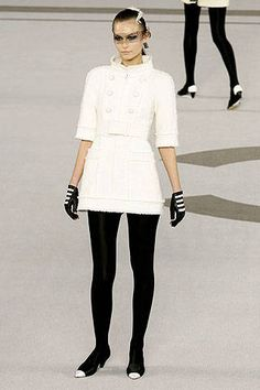 Chanel Spring 2007 Couture Runway - Chanel Haute Couture Collection - ELLE