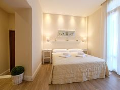Florence Hotel Ungherese Italy, Europe The 2-star Hotel Ungherese offers comfort and convenience whether you're on business or holiday in Florence. Both business travelers and tourists can enjoy the hotel's facilities and services. All the necessary facilities, including free Wi-Fi in all rooms, photocopying, daily housekeeping, printer, 24-hour security, are at hand. Designed for comfort, selected guestrooms offer internet access – wireless, internet access – wireless (compli...