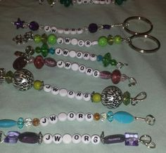 Key chains for delegates Saint Louis Usa, Pioneer School Gifts, Jw Convention, Jehovah Witness, Jw Gifts, Prayer Box, Letter Beads, Jehovah's Witnesses, Travel Gifts