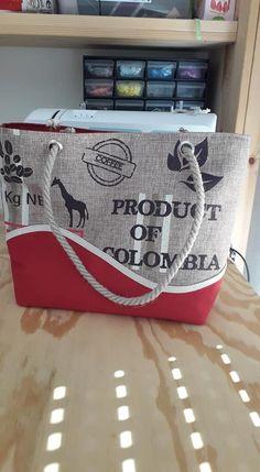 Sac Samba en rouge et tissu sac à café cousu par Roxanne - Patron Sacôtin