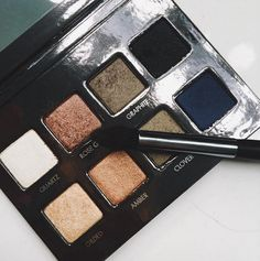 Love our PRO Metal Palette to get a smokey, metallic eye! Xo Carol
