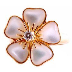 VAN CLEEF ARPELS Rare Pink Mother of Pearl Diamond Rose Gold Ring