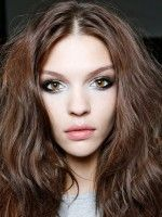 7 Hair Mistakes You're Probably Making #refinery29  http://www.refinery29.com/54730#slide-8  Like this post? There's more. Get tons of beauty tips, tutorials, and news on the Refinery29 Beauty Facebook page. Like us on Facebook — we'll see you there!...