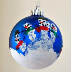 Handprint Snowman Ornament: 100 Days of Homemade Holiday Inspiration