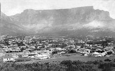The village of Cape Town 1897 This falls outside the normal time frame of this set, but this rustic scene of the city bowl portrays life in the slow lane of a hundred years ago. Cape Town South Africa, Old Photos, Vintage Photos, The Old Days, African History, Africa Travel, Live, Old Houses, Paris Skyline