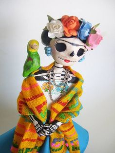 ✢ Viva ❡ R I D A   Dia de los Muertos paper mache catrina