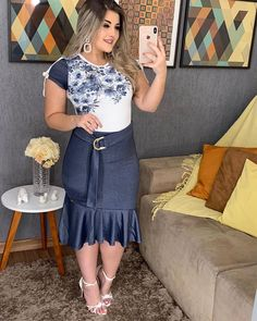 Plus size outfits Nice Body, Different Styles, Plus Size Outfits, Denim Skirt, Plus Size Fashion, High Waisted Skirt, Fashion Looks, Fashion Outfits, Formal