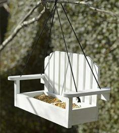 mangeoire oiseaux en forme de banc en bois