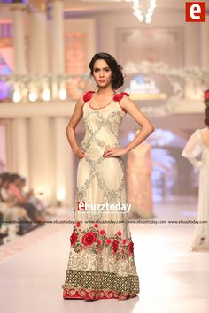 TABASSUM MUGHAL Collection at Telenor Bridal Couture Week 2015 (TBCW2015) (12)