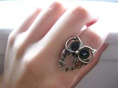 owl ring---dang---where are all these owls coming from!!!  I would like to make this for my daughter.  It would be great to get back into lapidary,