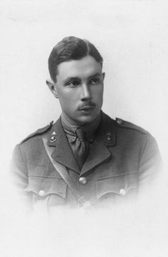 Maj. Stewart Hugh Joseph MID 3x. Commd'g 227th Field Company, Royal Engineers. He passed out with honours from the Royal Military Academy, Woolwich, 10|1912. Commissioned to the Royal Engineers, 10|1912. Sailed for France, August 1914. He received his majority in June 1917. DOW received at Flanders, 18.8.1917. He is buried at the Voormezeele Enclosures No. 1 & No. 2. Grave Ref: I. G.5. Son of Henry Hope Joseph, of 112, Belgrave Rd., London, & the late Helen Christina Joseph (nee Porter).