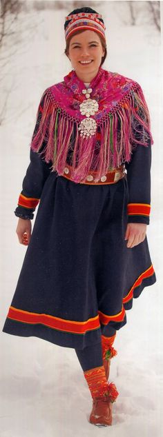 Folk Costume & Embroidery: Overview of north Saami costume… Traditional Fashion, Traditional Dresses, Folklore, Pinup, Costumes Around The World, Native Design, Ethnic Dress, Folk Costume, World Cultures