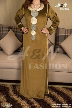 African Fashion Dresses, African Dress, Hijab Fashion, Fashion Outfits, Womens Fashion, Elie Saab Dresses, Fashion Desinger, Moroccan Dress, Oriental Fashion