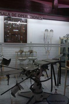 Sala de operaciones antigua en el museo minero de Asturias