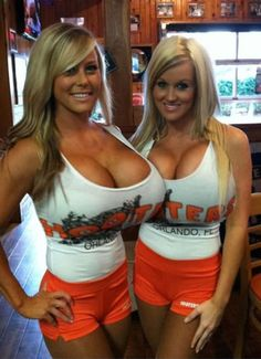 Hooter girls have sex special case