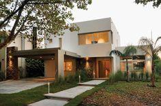 Arquinova Casas - Fredi Llosa - Casa estilo actual / Arquitectos