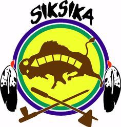 Official shield of the Siksika (Blackfoot) tribe, located at Cluny, Alberta, Canada. A tribal member of the Blackfoot Confederacy. Native American Map, Native American Prayers, Indian Symbols, Indian Tribes, Blackfoot Indian, Indigenous Tribes, West Art, Indian Crafts, First Nations