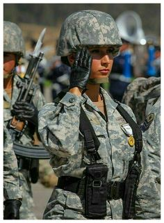 Chile, Female Soldier, Real Women, Military, Pictures, Soldiers, Air Force, Weapons Guns, Military Guys