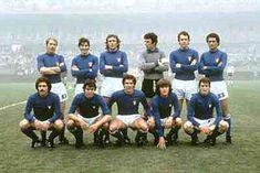 Formazione iniziale dell'Italia prima della partita contro l'Argentina ai Mondiali 1978, composta da otto giocatori della Juventus: il capitano Zoff, Scirea, Gentile, Cabrini, Benetti, Tardelli, Causio e Bettega. Dal 6' minuto, con l'entrata di Cuccureddu, diventeranno nove i bianconeri in campo. (Blocco Juve)