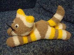Croche e Pontos: Gato feito de meia