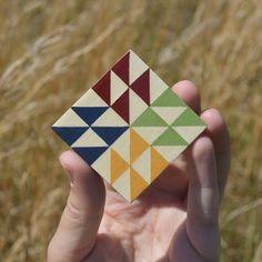 Barn Quilt Designs, Barn Quilt Patterns, Quilting Designs, Abstract Geometric Art, Geometric Patterns, Small Quilts, Mini Quilts, Painted Barn Quilts, Barn Signs