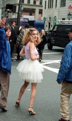 Sarah Jessica Parker Filming The Sex And The City Opening Sequence