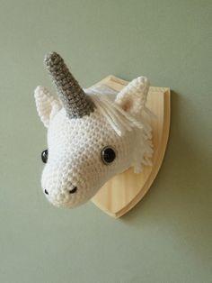 Hand Over Your Fairy Cakes: Unicorns!