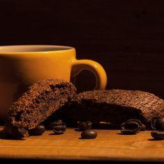 Cantucci al caffè e cioccolato