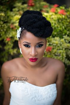 Fascinating updo naturalhairstyle naturalhair naturalhairbrides