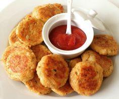 Bloemkool nuggets uit de oven Pureed Food Recipes, Healthy Eating Recipes, Vegan Snacks, Healthy Cooking, Healthy Snacks, Snack Recipes, Oven Recipes, Superfood, Gastronomia