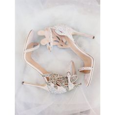 With #shoes as gorgeous as these ones from @sergiorossiofficial, we'd slip into a #shortweddingdress for the #wedding #reception to show them off! See more pretty #shoes today on the #blog! | Photography: @_jessicaburke | Shoes: @sergiorossiofficial