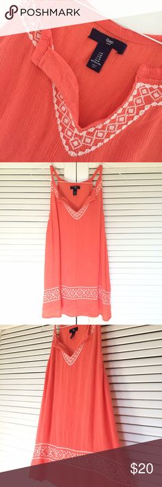 NWOT Gap Blouse Perfect for a beach day! I took the tags off, but never got around to wearing. Beautiful coral color GAP Tops Tunics