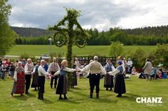 Midsummer week is here! What are your plans for the midsummer? Just checked the weather and it should be quite nice, but you never know..  #midsummer #juhannus #jaanipäev #midsommar #monday #newweek