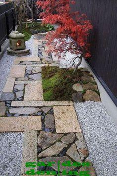 Best Small Yard Landscaping & Flower Garden Design Ideas - The Expert Beautiful Ideas Japanese Garden Landscape, Small Japanese Garden, Mini Zen Garden, Japanese Garden Design, Japanese Garden Backyard, Japanese Maple, Small Yard Landscaping, Small Backyard Gardens, Landscaping Ideas