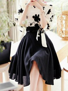 Stylish Batwing Short Sleeve Floral Shirts Splicing Ankle-Length Black Pleated Skirts Two Piece Suits on buytrends.com