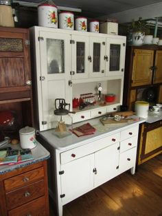 Antiquing Cabinets   Интерьеры с винтажным декором ...