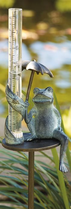 In the meteorological world of rainfall indexes, our charming Umbrella Frog Rain Gauge gives it to you straight up and right away.