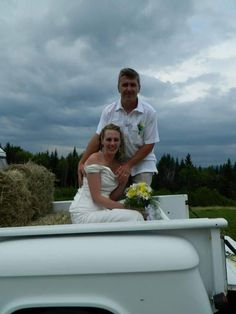 Moosehead Lake region is perfect for an elopement, plenty of beautiful places to stay.